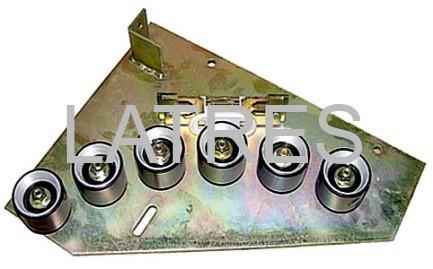 Отклоняющая и натяжная роликовая батарея поручня правая F.14 эскалатора LE6 ЛАТРЭС ролик 70*50